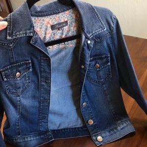 Level 99 XS Jean jacket